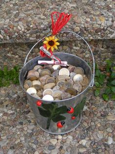 Most current Cost-Free A bucket full of gravel Suggestions gifts for guys who've everything,presents for guys diy Christmas presents for men,leather gifts f Christmas Presents For Men, Diy Xmas Gifts, Birthday Presents For Men, Diy Gifts For Men, Valentine Gifts, Christmas Diy, Birthday Gifts, Birthday Celebration, Diy Cadeau Noel