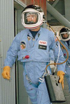 File:STS 51-I emergency training - cropped.jpg