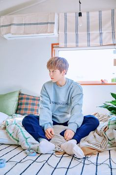 Xiumin [시우민] - '이유 (You)' Teaser Imagine Baekhyun Chanyeol, Kim Minseok Exo, Exo Kai, Kaisoo, Exo Ot12, K Pop, Kpop Wallpaper, Luhan And Kris, Rapper