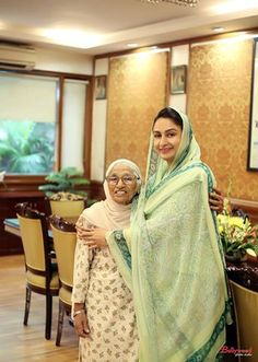 It was great meeting with Man Kaur Ji, India's centenarian runner. She has made India proud by winning so many medals. Her simplicity, warmth and strength are inspiring. #inspiration   #harsimratkaurbadal   #akalidal   #foodprocessing