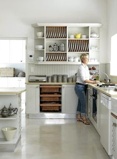 love this shelf with dish rack