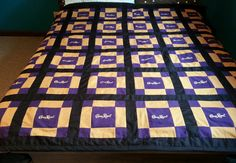 Crown Royal Quilt Crown Royal Quilt, Crown Royal Bags, Royal Crowns, Strip Quilts, Quilt Blocks, Crown Apple, Liquor Bottle Crafts, Royal Pattern, Blanket Design