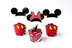 Whapper de MINI Cupcake Mickey ou Minnie. Acompanha tóten das orelhinhas,    Valor referente ao whapper (saia) + tóten (orelhinha).    Para o tamanho original de CUPCAKE, o valor fica R$2,75 cada.    Pedido mínimo R$100,00. R$ 1,89