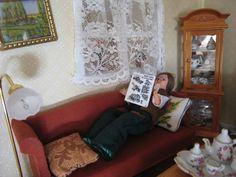 My doll house - Sofa - Mi casita de muñecas . Sofa