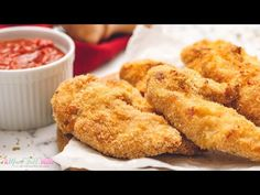 The best Homemade Chicken Tenders! This quick and easy healthy meal bakes up crispy with Panko bread crumbs. A family-friendly healthy recipe in less than 30 minutes. Delight everyone with these tasty chicken strips! Oven Baked Chicken Tenders, Crispy Baked Chicken, Chicken Tender Recipes, Butter Chicken, Panko Bread, Baking Recipes, The Best, Food And Drink, Chicken Strips