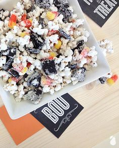 Easy Popcorn Potion! We've found more spooktacular Halloween food ideas!