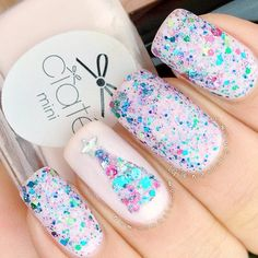 Love it winter nails, fabulous nails, love nails, pretty nails, funky n Pink Glitter Nails, Fancy Nails, Love Nails, Lilac Nails, Xmas Nails, Holiday Nails, Christmas Nails, Seasonal Nails, Fabulous Nails