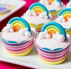 Rainbow Cupcakes from a Teenage Dream Rainbow Sweet 16 Party on The Tom Kat Studio . Cupcakes Design, Cupcakes Arc-en-ciel, Tolle Cupcakes, Rainbow Cupcakes, Cupcake Cakes, Fondant Rainbow, Cupcake Pics, Themed Cupcakes, Birthday Cupcakes