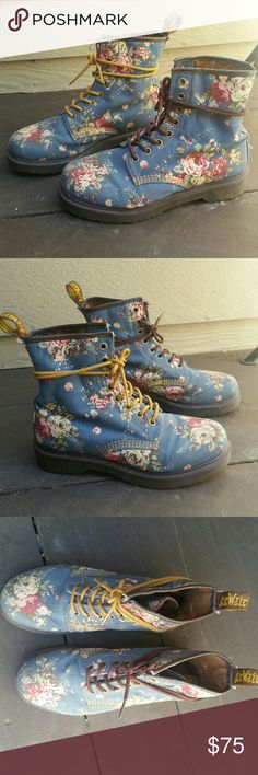 Denim Blue Floral Dr. Martens Size 7 and in good condition. The material is floral printed canvas. Dr. Martens Shoes Combat & Moto Boots