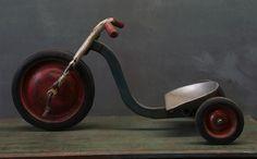 "1940s ""Big Wheel"""