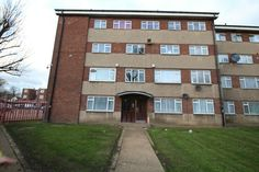 NEW to let   2 bedroom first floor flat  Upminster road south  Rainham.  If you require further details or to book a viewing please follow the link below or call the office on 01708554659   http://www.smartmove-property-services.co.uk/mobile/property-search~action=print,pid=311