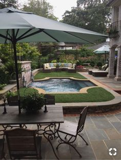 Awesome Backyard Patio Ideas With Beautiful Pool - A backyard recreation area can be made more enjoyable with a functional and attractive design. With the right design around the pool area, the space c. Small Backyard Pools, Small Pools, Backyard Patio, Backyard Landscaping, Landscaping Ideas, Outdoor Rooms, Outdoor Gardens, Outdoor Living, Casa Magnolia