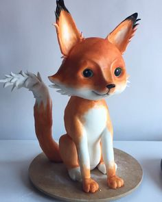 Little bitty foxy! Wanted to make something sweet and soft so I painted her with water colors...  #cake #foxcake #sweetfox #3dcakes #sculptedcake