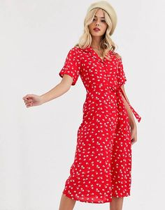 Buy Wednesday's Girl midi shirt dress in floral print at ASOS. With free delivery and return options (Ts&Cs apply), online shopping has never been so easy. Get the latest trends with ASOS now. High Street Fashion, Street Style, Midi Shirt Dress, Smock Dress, Wrap Dress, Asos, Daytime Dresses, Casual Dresses, Dresses Dresses
