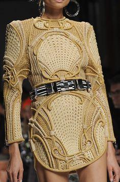 Balmain Spring 2013 Ready-to-Wear Detail - Balmain Ready-to-Wear Collection - ELLE Fashion Mode, I Love Fashion, Fashion Addict, Fashion Details, Paris Fashion, Runway Fashion, High Fashion, Fashion Show, Womens Fashion
