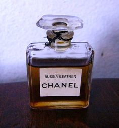 Very vintage Chanel Russia Leather- would love to smell this.
