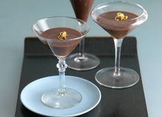 Martini de ciocolată Cocktail prin excelenţă Reţete cu ciocolată, Rețete de cocktailuri, Britanica, reţete cu gin, reţete cu vodcă
