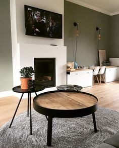 Style At Home, Scandi Living Room, Low Tables, Living Room Inspiration, Couch, Building A House, Home Fashion, New Homes, Sweet Home
