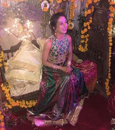 The happiest, the prettiest, the effortlessly cool #FarahTalibAziz Mehndi Brides❤️ We love Noor's striking FTA lengha choli and beautiful smile! #FarahTalibAzizBrides✨