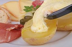How to say raclette with audio, what is raclette, chees, Swiss dish. Say Raclette? Learn How To Pronounce Raclette Correctly NOW for FREE! Crepes, Christmas Potatoes, Raclette Party, Pickled Onions, Le Diner, Tzatziki, French Food, Melted Cheese, Fabulous Foods