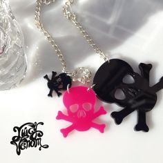 Juicy Venom Perspex Cut Out Plastic Statement Necklace 'Triple Skull' Design Black and Pink