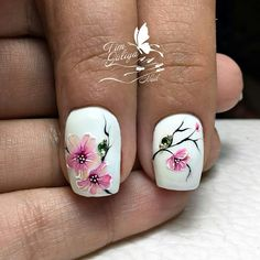 Heat Up Your Life with Some Stunning Summer Nail Art Spring Nail Colors, Spring Nail Art, Spring Nails, Summer Nails, Flower Nail Designs, Flower Nail Art, Nail Art Designs, Glitter Nail Art, Gel Nail Art