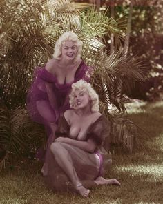 A Look Back at Bunny Yeager's Iconic Pinup Photo Shoots (NSFW) - Nerve