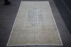 "4'4"" x 6'8"" Decorative Vintage Turkish Oushak Rug. Handwoven Bohemian Antique Area Rug,210x135 cm,pastel rug, faded rug,beige rug,white rug"