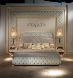 http://www.idfdesign.com/images/luxury-classic-bed-and-canopy-bed/le20-vanity-solid-bed.jpg