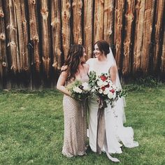 {{real wedding alert}} we ❤️ to see our first year of  #mplsbrides on their wedding days. send or tag us in your pictures! : @bonjour_sierra
