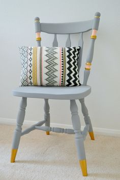 Upcycling ideas: chalk paint chair makeover - Girl about townhouse - Need some ideas for upcyling wooden chairs? Psst, over here – check out my step by step DIY! Interior, Painted Furniture, Upcycled Furniture, Painted Chairs Diy, Home Decor, Wooden Chair, Home Diy, Furniture Makeover, Vintage Chairs