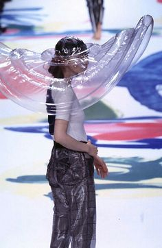 Issey Miyake - Ready-to-Wear - Runway Collection - WomenSpring / Summer 1996