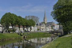 Ville de Fontenay le Comte. ©Pascal Baudry pour Sud Vendée Tourisme. Plus d'info : www.sudvendeetourisme.com