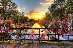 Salida del sol del verano de Amsterdam Imagen de archivo libre de regalías