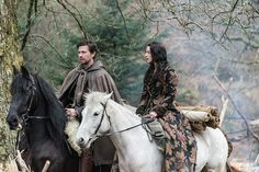 Queen of scotland on pinterest reign adelaide kane and queen mary