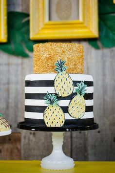 37 Fun Ideas To Incorporate Pineapples Into Your Big Day