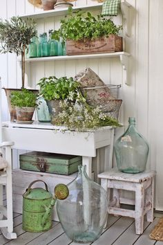 VIBEKE DESIGN: Green joy on the porch!