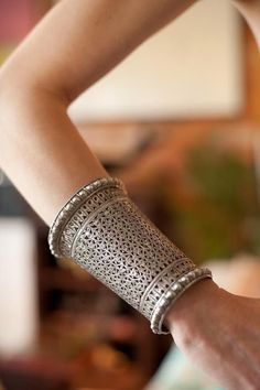 Tribal Indian Silver Jewellery - Rabari Silver Wedding Cuff from Rajasthan, India. Silver Jewellery Indian, Tribal Jewelry, Silver Jewelry, Silver Accessories, Gold Jewellery, Indian Bangles, Jewellery Holder, Snake Jewelry, Oxidised Jewellery