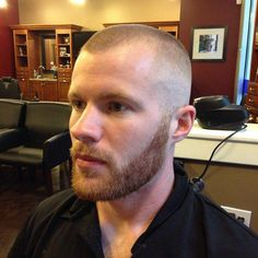 The top short hairstyles for men for the year 2018 are eye-catching and somewhat sophisticated. Forget about the one-length and monotone haircuts that guys liked to rock a couple of years ago. Today the short mens hairstyles have become particularly. Receding Hairline Styles, Hairstyles For Receding Hairline, Beard Haircut, Fade Haircut, Medium Hair Styles, Curly Hair Styles, High And Tight Haircut, Bald With Beard, Beard Lover