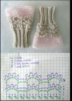 Crochet Gloves Pattern, Crochet Buttons, Crochet Stitches Patterns, Crochet Slippers, Crochet Baby, Knit Crochet, Crochet Wrist Warmers, Crochet Bracelet, Beautiful Crochet