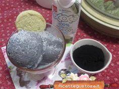 Gelato carbone vegetale e acqua di cocco