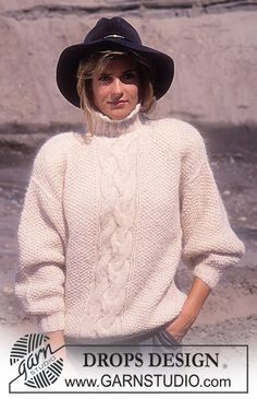 DROPS jumper with cable pattern in Ardesia, Vienna or Melody. Free pattern by DROPS Design. Cable Knitting Patterns, Knit Patterns, Free Knitting, Drops Design, Jumpers For Women, Sweaters For Women, Pull Mohair, Big Knits, Roll Neck Sweater
