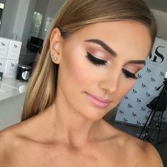 "Melissa Sassine on Instagram: ""Soft & Simple #makeup video coming soon #melissasassine #melissasassinecosmetics Model: @oceanastrachan"""