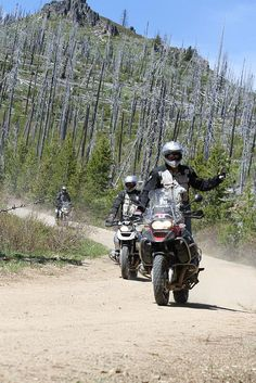 Offroading BMW R1200GS Adventure