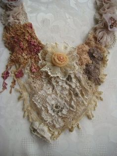 QueenBesAlteredNeeds. This necklace looks  lovely and delicate!  Curleytop1.