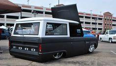 Slammed classic ford bronco