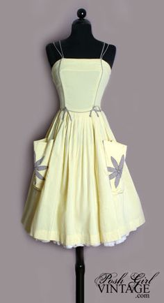 1950s Sweet Yellow Checks Day Dress with Big Pockets