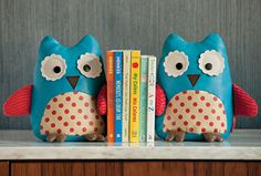 Zoo Bookends - Can't decide which ones I like more: The monkeys or the owls...