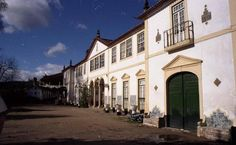 """Another picture of the Quinta da Espertina (pic from """"Solares e Casas Nobres de Portugal"""" hosted by SkyscraperCity)"""
