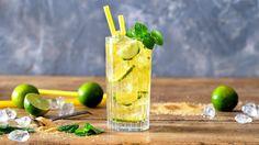 Ledový zelený čaj s okurkou  Foto: Smoothies, Food And Drink, Fresh, Drinks, Party Ideas, Syrup, Smoothie, Drinking, Beverages